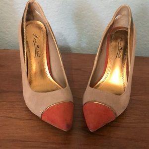 Size 6 Stiletto heels